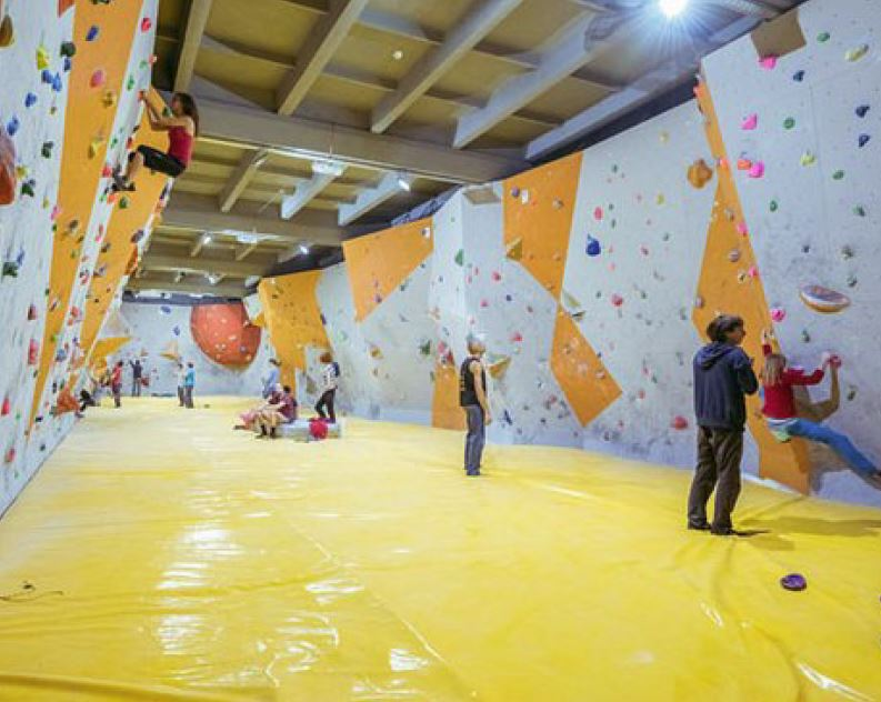 Indoor Rock Climbing – Pickering Street, Enoggera